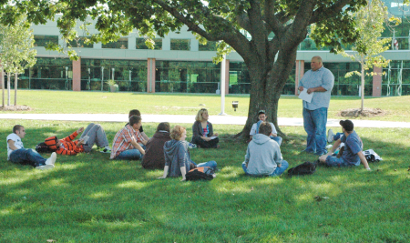 Register Now for Summer & Fall College Classes